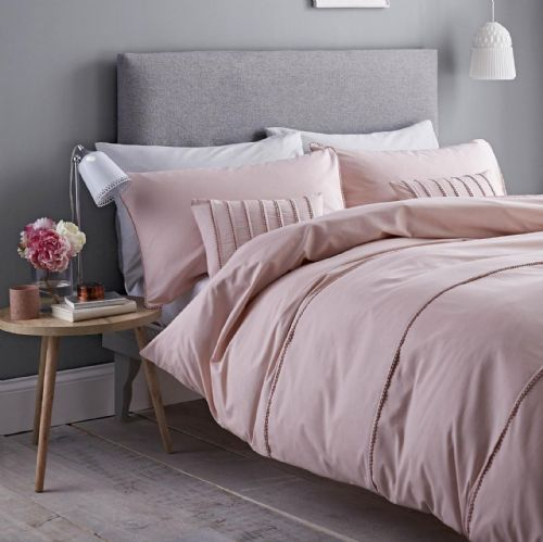 Catherine Lansfield Pom Pom Blush Bedding Set